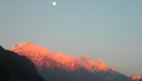 A Rising Moon