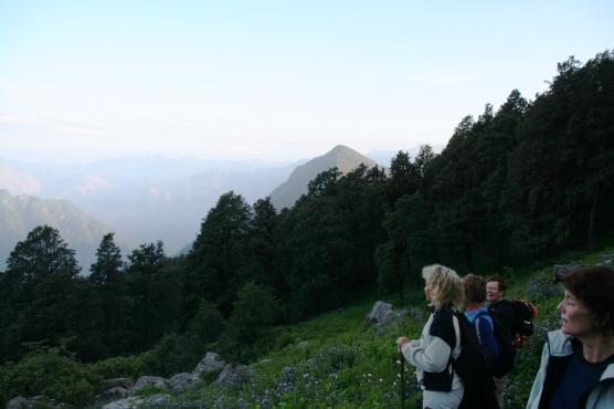 Enroute Sar Pass